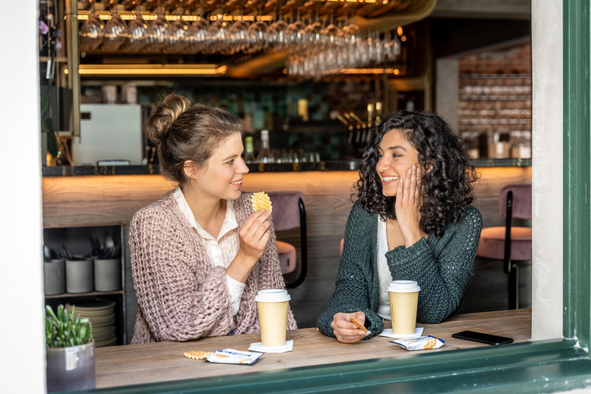 Girlfriends café